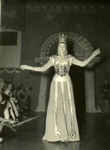 ArchiArts costume 1947