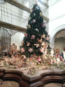 Met Museum Christmas Tree 2013