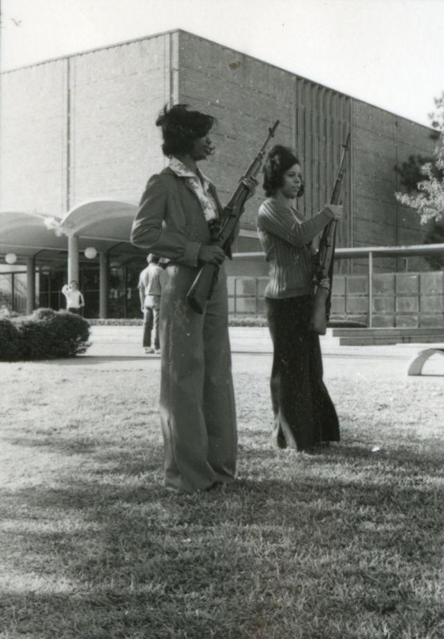 Girls with guns nd