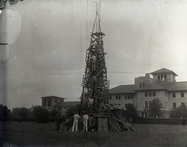 Glass bonfire c1930