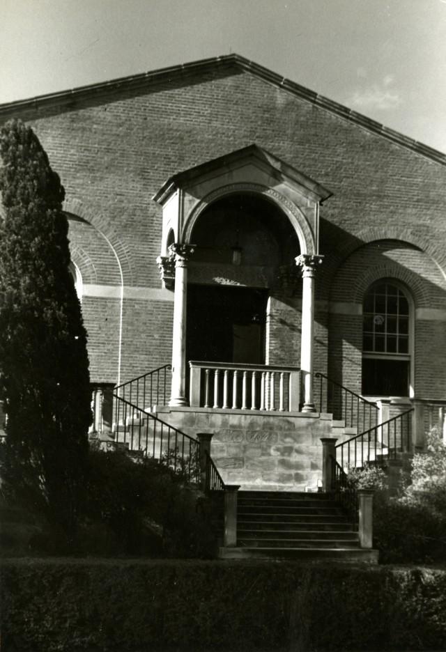 Chem lecture hall door c1950 per pender turnbull