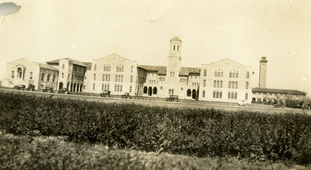 Chemistry building c30s crooked