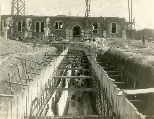 October1, 1911 Tunnel Construction with mud
