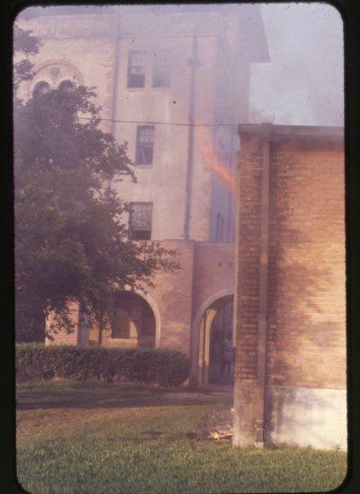 Hanszen fire June 1975 5 050