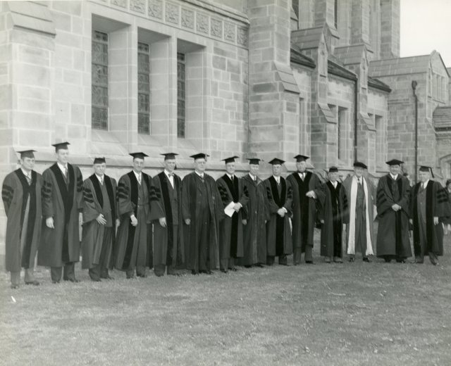 Baccalaureate 1946 trustees 050