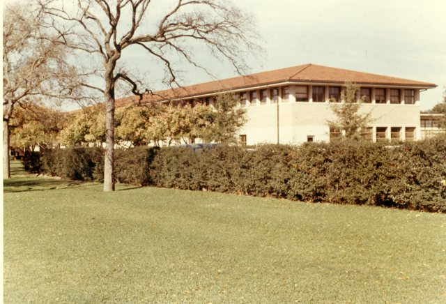 Cohen House Papers Campus Views January 1966  10 071