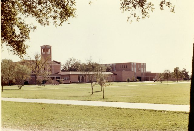 Cohen House Papers Campus Views January 1966  4 065