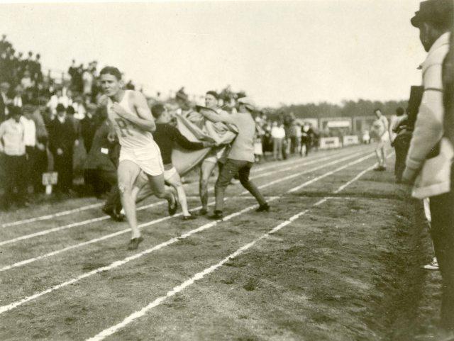 Campbell runner blanket 2  20s 047