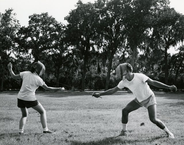 Fencing 1958 outdoor class 049