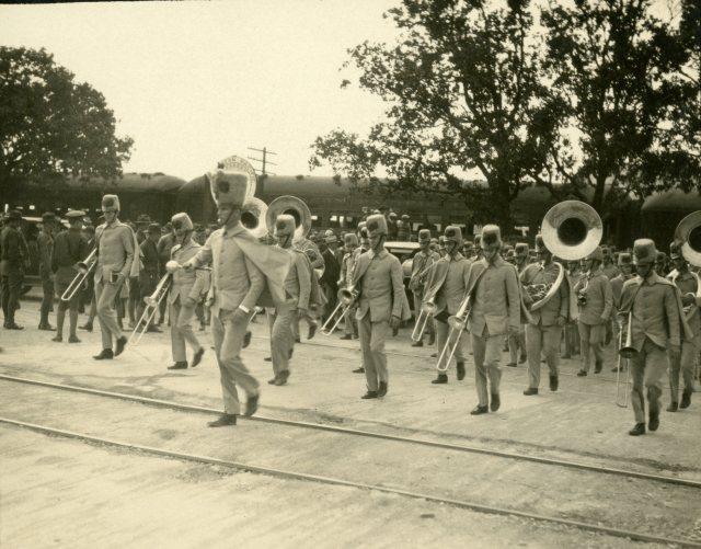 band-trip-c-1927-2-119