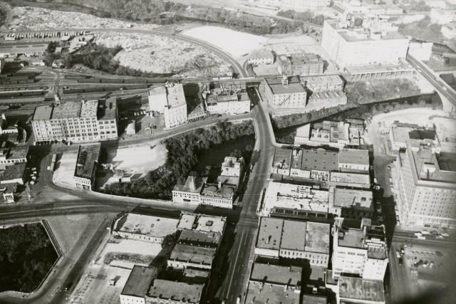 raymond-brochstein-aerials-1956-2-171