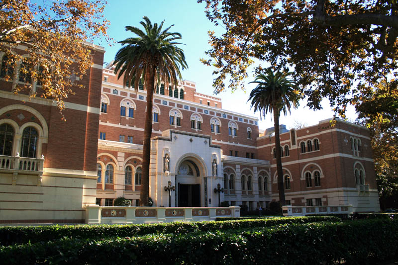 Browse L.A.'s World Class Libraries | Discover Los Angeles |Usc Library